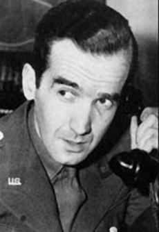 CBS War Correspondent Edward R. Murrow